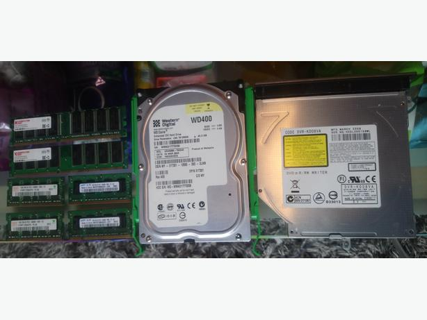 Ide hdd, laptop dvdrom, laptop and desktop ddr1 memory,FREE,collect only