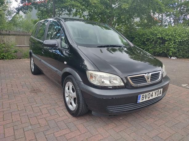 Vauxhall zafira 1.6 petrol long MOT full history