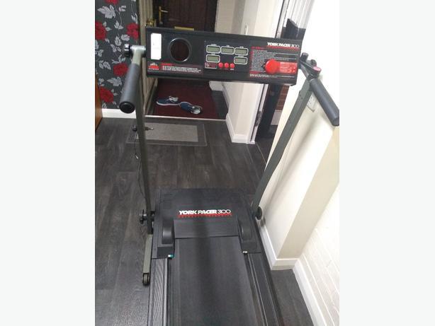 york 3100 treadmill