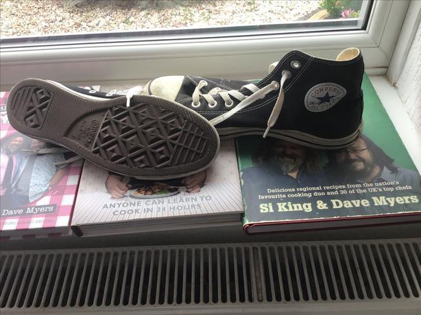 Converse baseball boots