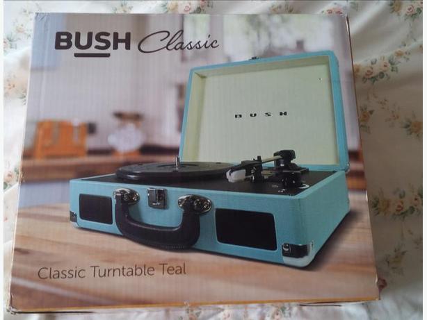 Bush Classic Retro Portable Case Record Player - NEW