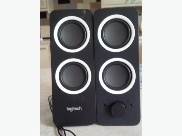 LOGITECH Z200 Multimedia 2.0 PC Speakers as new