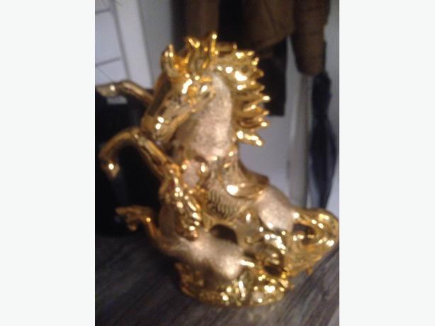gold hours bling vase