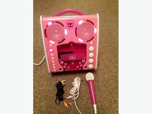 the singing machine sml-383p Karaoke Machine