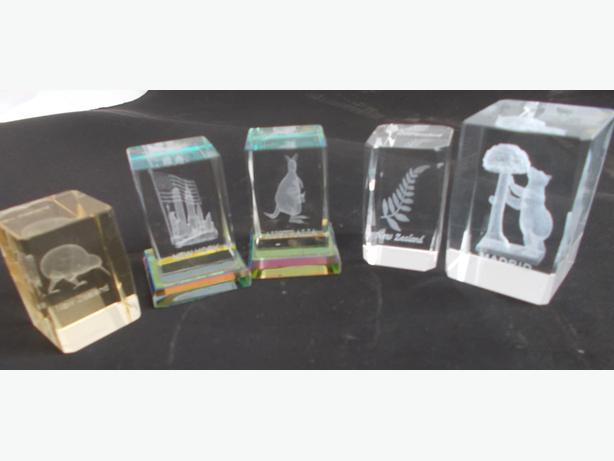Joblot of 5 Souvenir Glass Paper Weights