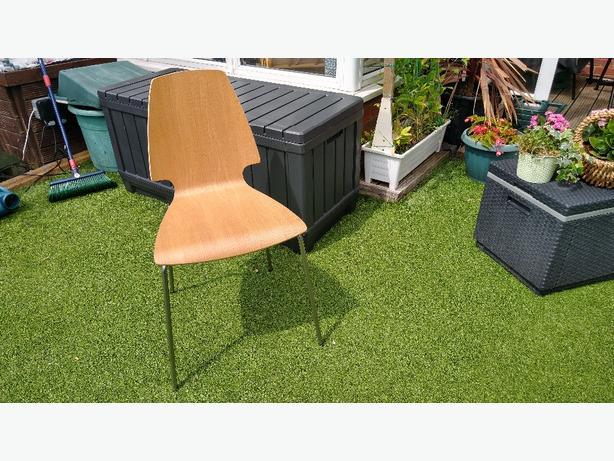 6x Ikea Svenbertil chairs