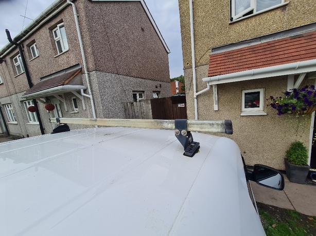 vw caddy rhino roof bars