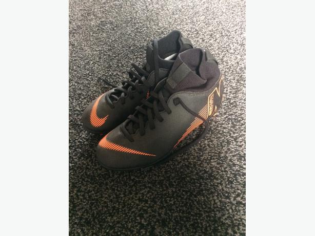 Brand new Nike Mercurial football boots size 3