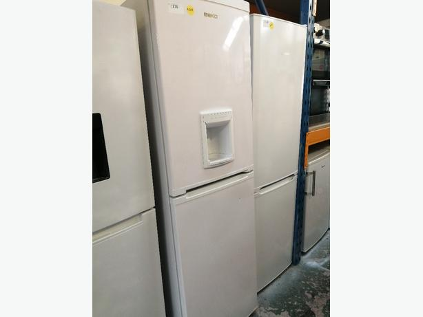 Beko Fridge freezer white with water dispenser at Recyk