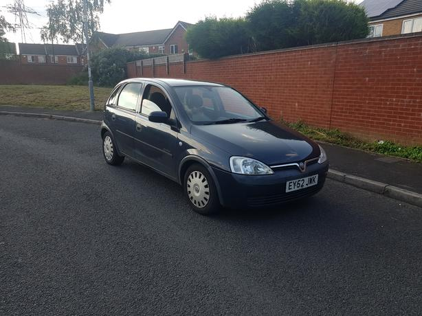 Automatic Corsa 1.2 , long mot, 2 keys, low mileage for year, drives excellent