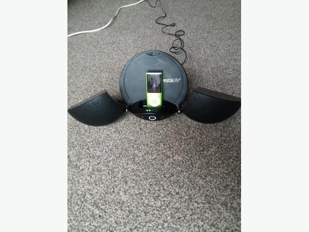 VestaLife LadyBug II Black Speaker Dock iPod iPhone