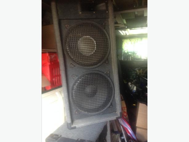 Dl speakers x2