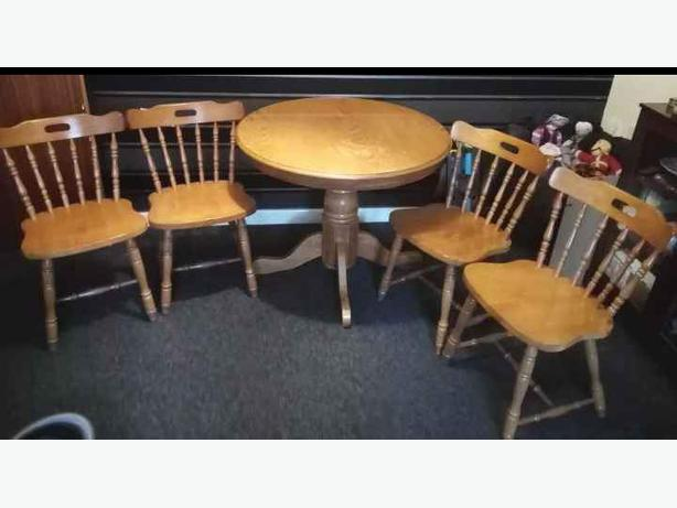 Needs To Go Round Pine Dining Table With Four Chairs