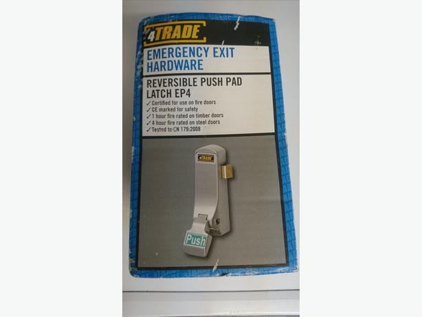 4Trade Emergency Exit hardware code 663809 reversible push pad latch Ep4