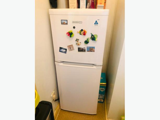 beko white class a frost free fridge freezer+good working order+DELIVERY
