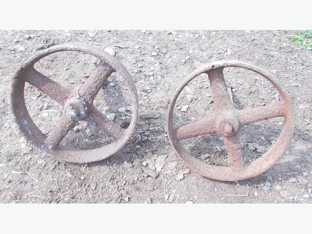 """Vintage Pair of 9"""" Shepherd Hut / Chicken Coop Wheels"""