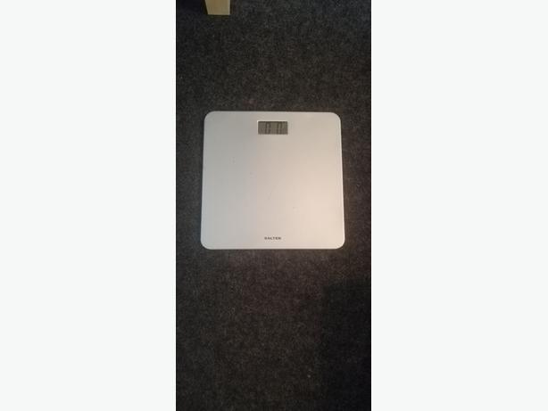 salter slim line digital bathroom scales - delivery - £5 -