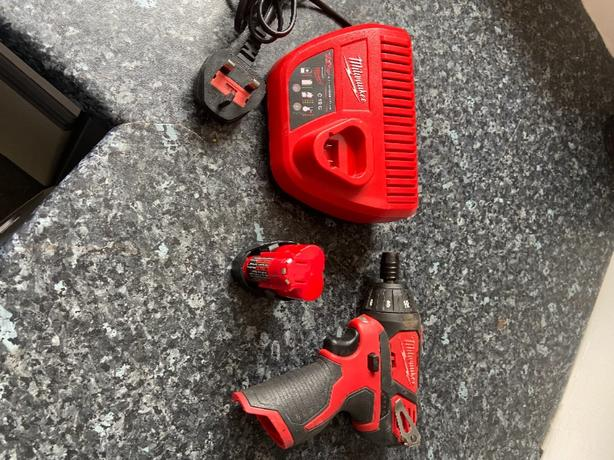 milwalkee 12v drill and driver