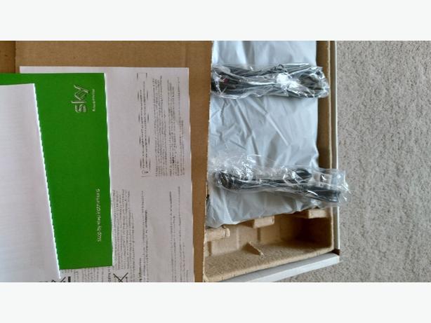 sky HD box drx595l brand-new in box no remote