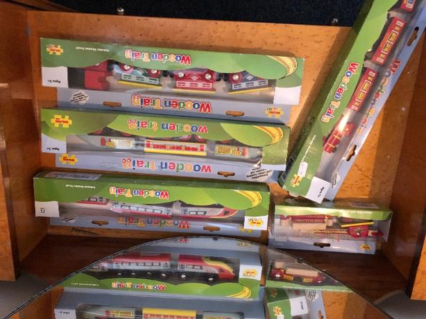 Big Jigs - Wooden trains x 5 boxed