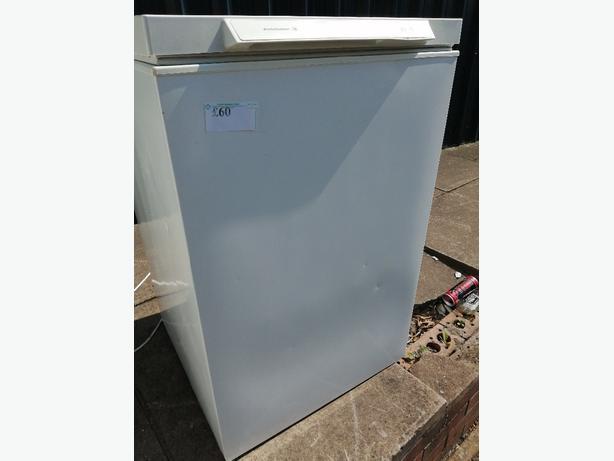 Kelvinator chest freezer with 3 months warranty at Recyk Appliances