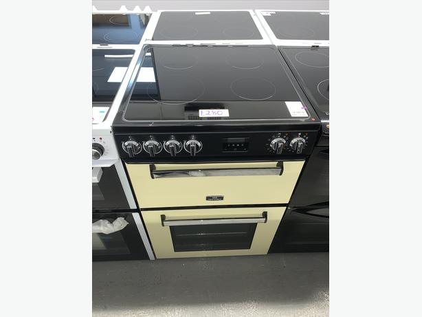 PLANET APPLIANCE - NEW WORLD ELECTRIC COOKER IN CREAM