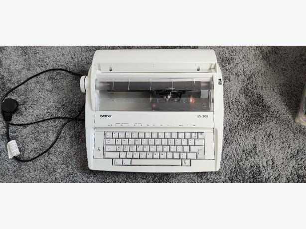 Electronic Typewriter Brother A- 100