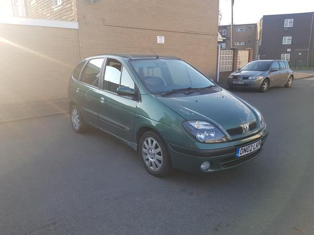 Automatic Senic 1.6, 5dr, 75000 miles, leather seats, long mot, drives great