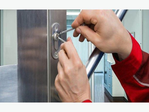 House key lost service ( lock specialist  )