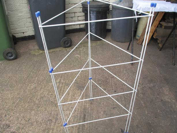 small clothes airer 3 parts free standing