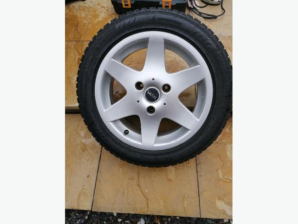 alloy wheels 4 off