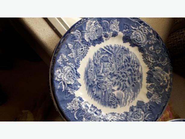 decorative plates ,bowls ,