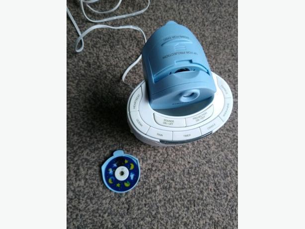 HoMedics SoundSpa Lullaby Image Projection Sound Machine