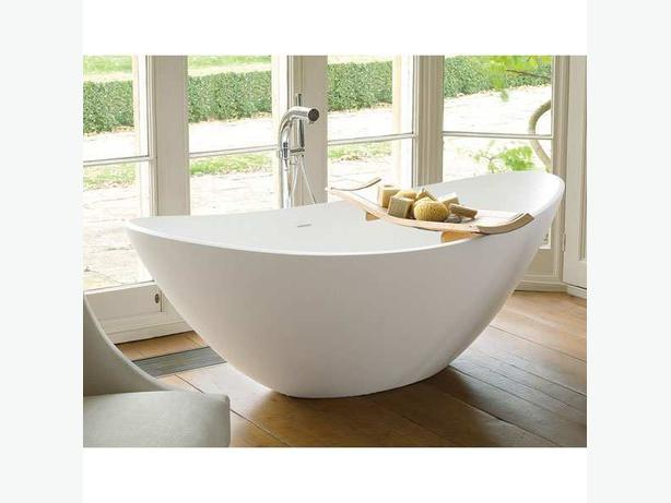 Buy Bathtubs online at Bene bathrooms online store  Essex!