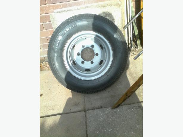 Tyre 185/14r