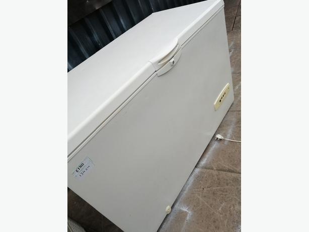 WHIRLPOOL LARGE CHEST FREEZER 400L 134CM WITH WARRANTY AT RECYK