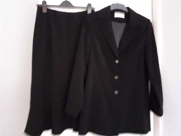 Ladies skirt &jacket