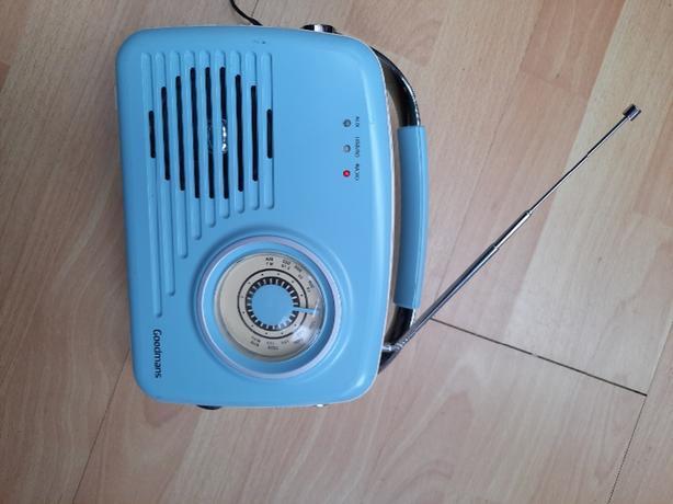 Goodmans Retro poerable AM/FM Radio 329176