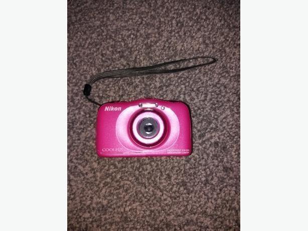 Nikon Coolpix S33 Compact Digital Camera Pink