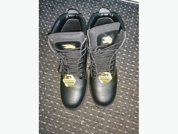 steel toe cap boots