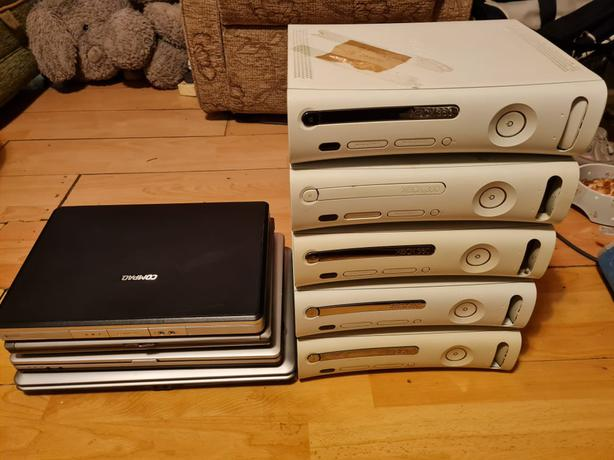 5 untested xbox 360,and 4 untested laptops.
