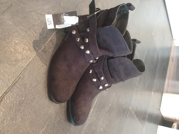 Womens Ankle Boots Size 5