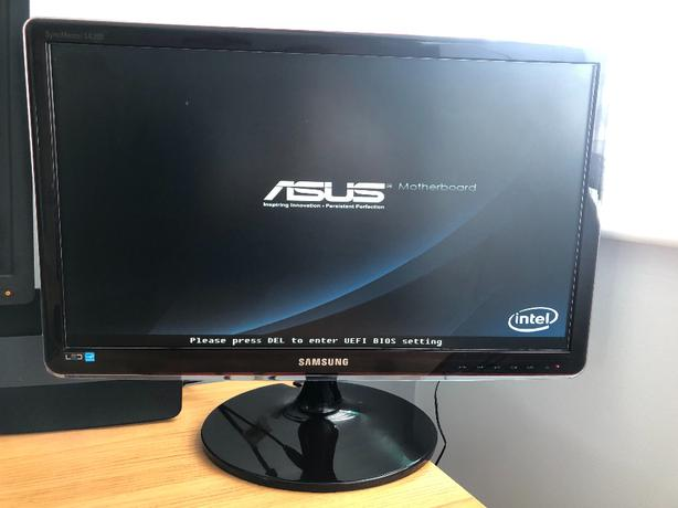 """Samsung S23A350H 23"""" Widescreen LED Monitor - Glossy Black £100 ONO"""