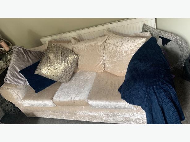 Crushed Velvet 3 & 2 setter sofa