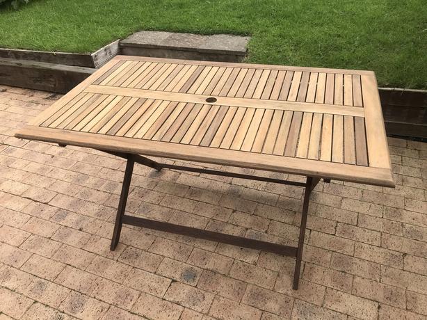 Folding rectangular garden teak table 140cm x 85cm