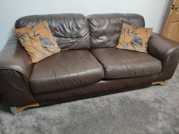 Free Leather 3 Seater Settee