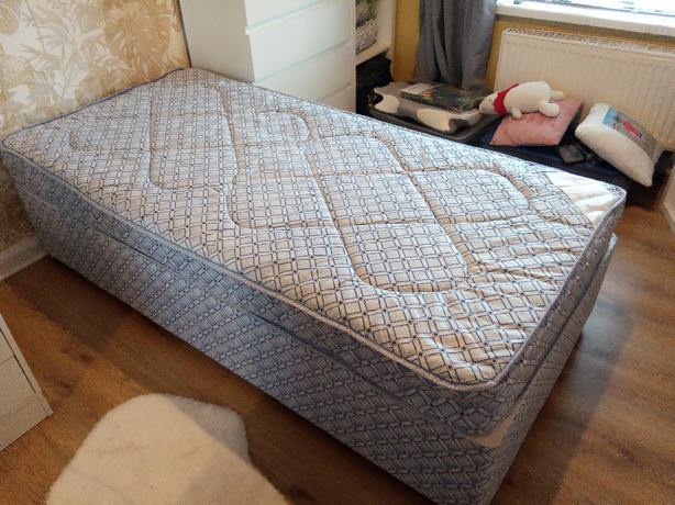 quality new single divan bed with extras