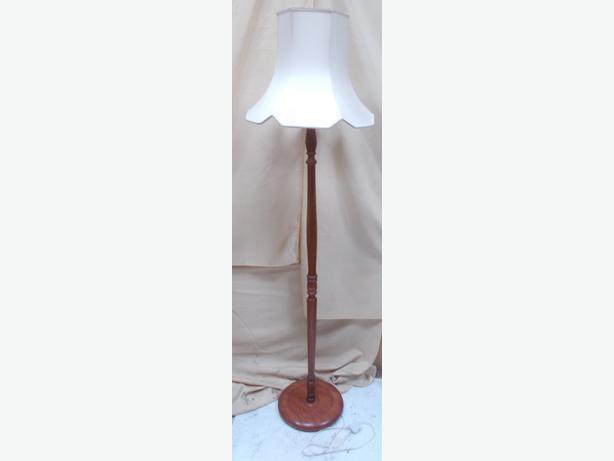 Free Standing Cream/Ivory Lamp