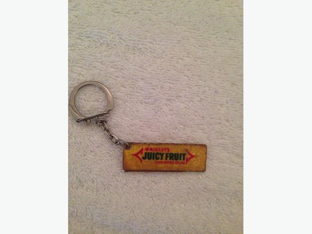 Keyrings: Wrigley's juicy fruit and America's cup challenge