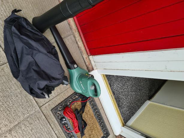 bosch leaf blower and vac